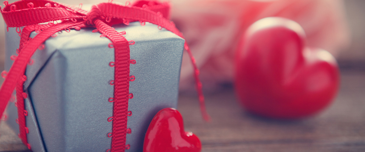 プレゼントの箱の画像